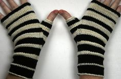 gold ringed eschers by alabamawhirly, via Flickr