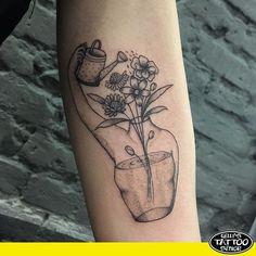 """123 curtidas, 1 comentários - Gelly's Tattoo (@gellystattoo_senior) no Instagram: """"Respeito a todo tipo de escolha, intimidade e opção. Trabalho realizado por @giulia.fioratti…"""""""