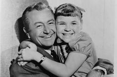 Time Capsule Trivia - Early Days of TV Father Knows Best!  Loved this show!  It starred Robert Young