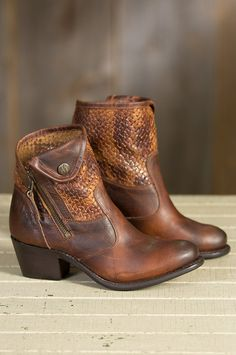 Women's Sonora Isabella Leather Boots