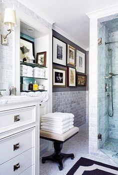 Home Decor Modern Home Design, Pictures, Remodel, Decor and Ideas - page 7 Love this staircase and windows. exterior home design Bad Inspiration, Bathroom Inspiration, Architectural Digest, Home Interior, Bathroom Interior, Design Bathroom, Bathroom Furniture, Parisian Bathroom, Yellow Interior