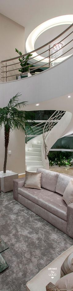 Arquiteto Aquiles Nícolas Kílaris | LOLO❤︎