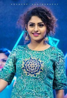 South Actress, South Indian Actress, Beautiful Indian Actress, Beautiful Actresses, Indian Actress Photos, Indian Actresses, Actress Priya, Cute Love Couple, Cute Beauty