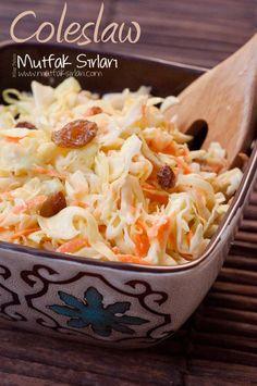 Lahana Salatası (Coleslaw) nasıl yapılır ? Ayrıca size fikir verecek 12 yorum var. Tarifin püf noktaları, binlerce yemek tarifi ve daha fazlası...