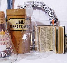 Karaffe ♥ Vintage Messkolben aus der Apotheke von Gerne Wieder.GbR auf DaWanda.com #Erlenmeyerkolben #Brocante #chemical