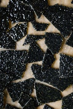 Three-ingredient black sesame brittle - crunchy and sweet with a deep roasted nutty flavor! Makes a great edible gift or sweet snack! Candy Recipes, Sweet Recipes, Dessert Recipes, Chef Recipes, Asian Desserts, Just Desserts, Black Dessert, Brittle Recipes, Sesame Brittle Recipe