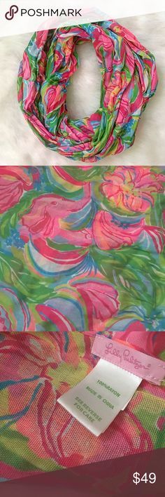 Lilly Pulitzer Infinity Scarf Authentic Lilly Pulitzer infinity scarf. Very light weight. Excellent condition. Vibrant colors. Lilly Pulitzer Accessories Scarves & Wraps