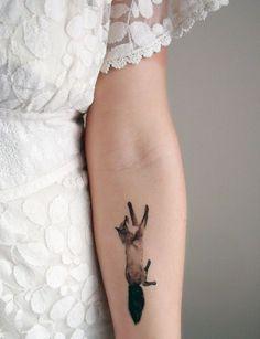 15 Animal Tattoo Ideas for Female - Beste Tattoo Ideen Bild Tattoos, Body Art Tattoos, Small Tattoos, Fox Tattoos, Tatoos, Rabbit Tattoos, Sleeve Tattoos, Tree Tattoos, Buddha Tattoos