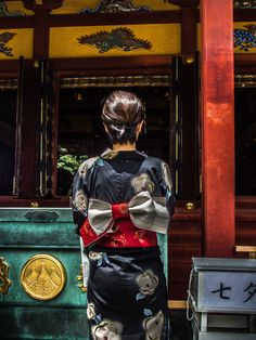 Asakusa Jinja Natsumode 5/9 Other people just come to the Asakusa Jinja to pray as they would any other day #Asakusa, #Jinja, #pray, #kimono Taken on July 6, 2014. © Grigoris A. Miliaresis