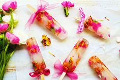 Beat the heat with these super yummy popsicle treats!