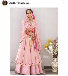 Dress Indian Style, Indian Fashion Dresses, Indian Designer Outfits, Embroidery Suits Punjabi, Embroidery Suits Design, Designer Party Wear Dresses, Kurti Designs Party Wear, Indian Dresses Traditional, Latest Bridal Lehenga
