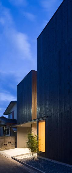 Modern Home in Shizuoka Prefecture, Japan. Architects: Motoki Ishikawa Architect & Associates
