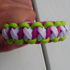 Lime green/Bright plum/White #paracord #bracelet