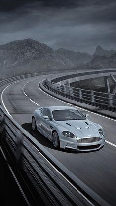 ♂ Grey car Aston Martin DBS