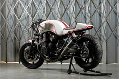 caferacerdesign:  Cafe Racer Design SourceHonda CB750...