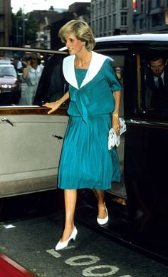 1983-07-20 Diana and Charles arrive at London's Dominion Theatre to attend the Duran Duran Concert in aid of the Prince's Trust