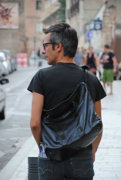 Brussosa - leather bag for men Men's Leather, Leather Handbags, Unisex, Mens Tops, T Shirt, Travel, Products, Fashion, Moda