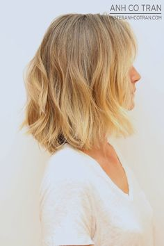 LA: SHOULDER LENGTH BLONDE BOB