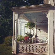 Porch Maine.