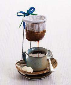 Café coado, revista Espresso. Foto por Daniel Ozana-Estúdio Oz/Café Editora II…