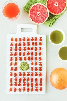 Green juice benefits: are they real? Beetroot Juice Recipe, Red Juice Recipe, Green Juice Recipes, Pomegranate Juice, Cranberry Juice, Kiwi Juice, Citrus Juice, Green Juice Benefits, Jelly Beans