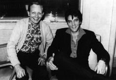 Elvis in R.C.A studio in Nashville in september 1967