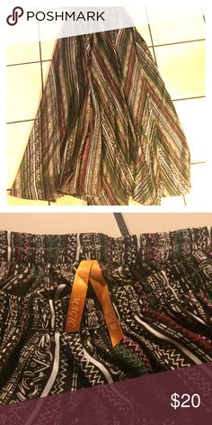 Boho Maxi Skirt Cute boho flowy maxi skirt. Only worn a couple times in great condition! Skirts Maxi