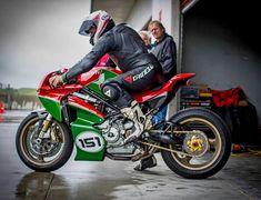 Ottonero Cafe Racer: S4R MH tribute