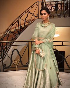 Nothing beats an Indian look 💪🏼💪🏼 Ethnic Outfits, Indian Outfits, Indian Attire, Indian Wear, Green Lehenga, Indian Look, Indian Style, Desi Wear, Desi Clothes