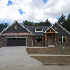 67 ideas house colors exterior craftsman ranch style for 2019 Craftsman Exterior Colors, Craftsman Ranch, Ranch Exterior, Design Exterior, Exterior Remodel, Exterior House Colors, Craftsman Style, Exterior Paint, Craftsman Decor