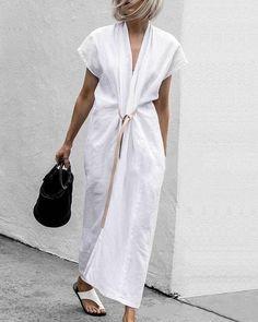 White Maxi Dresses, Maxi Dress With Sleeves, Short Sleeve Dresses, Shirt Sleeves, Lisa, Plus Size Casual, Plus Size Dresses, Types Of Sleeves, Dresser