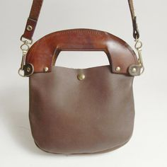 70s 1970s brown vintage leather purse $30
