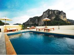 White Sand Krabi Resort. Book Now: http://www.aonangkrabiresorts.com/white-sand-krabi-resort An excellent location makes this stunning resort all the more attractive. Located on Ao Nang Beach, guests of White Sand Krabi Resort are within walking distance to restaurants as well as the pier.