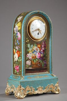 Jacob Petit glazed ceramic mantle clock.