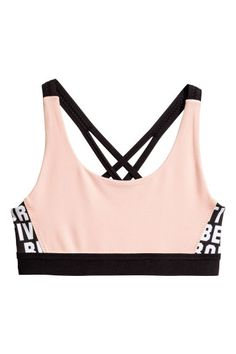 Within the last few 30 years, the evolution of fashion has been doing parallel with Cute Sports Bra, Pink Sports Bra, Cute Casual Outfits, Outfits For Teens, Girls Sports Clothes, Sport Top, Evolution Of Fashion, Athleisure Fashion, Pink Kids