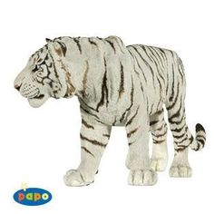 Part of the Wild Animal Series by Papo. The art work and detail are beautiful on this hand painted figure. Product Code: 50045 by Papo Little Live Pets, Cat Species, Cat Activity, Plastic Animals, Dog Birthday, Toys For Girls, Spirit Animal, Cute Cats, Big Cats