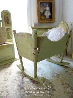 Romantic green cradle sweet nursery  Furniture for by AtelierdeLea, €39.00