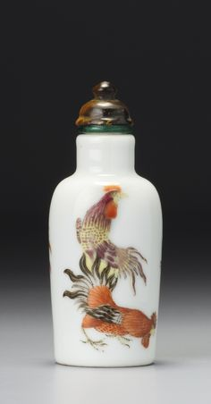 A FAMILLE-ROSE PORCELAIN 'COCKERELS' SNUFF BOTTLE<br>MARK AND PERIOD OF GUANGXU | lot | Sotheby's