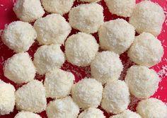 Egészséges raffaello | dorcikonyhaja receptje - Cookpad receptek Krispie Treats, Rice Krispies, Snack Recipes, Snacks, Healthy Life, Paleo, Food And Drink, Tasty, Raffaello
