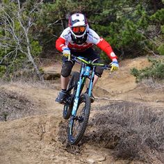 """""""@nicolasboisset Follow us for the best MTB photos on Instagram! Use hashtag #mbaawesome or tag us in a photo to be featured on our page!…"""""""