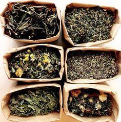 """Если сегодня у вас был сложный день, если временами хотелось выйти в параллельную светлую реальность, если вам просто хочется тепла - заваривайте себе большую чашку теплого, бодрящего чая и погружайтесь в аромат """"Русского сада"""" или """"Тишину гор"""" вместе с уникальными, органическими, вкуснейшими и полезнейшими чаями от нашего партнера Прекрасная Зеленая - Prekrasnaya Zelenaya.✨ И обещаем, мир станет чуточку лучше. Наслаждайтесь! http://prekrasnaya-zelenaya.ru/product-cate…/travyanye-chai/ htt"""