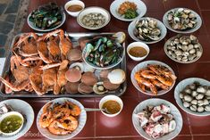 Thai Seafood Sauce Recipe: The Ultimate Seafood Feast? Thai Dipping Sauce, Garlic Dipping Sauces, Fresh Seafood, Seafood Dip, Mango Sauce, Seafood Market, Island Food, Happy Foods, Side Recipes
