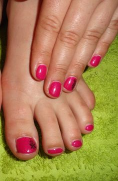 Hot Pink Shellac Nails/Toes
