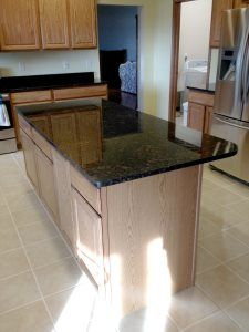 Pro #548686 | Countertops BY Willett | Des Moines, IA 50313