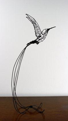 Colibri de fil fait main sculpture par ZackMclaughlin sur Etsy