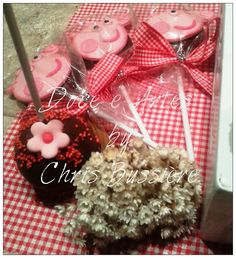 Cake Pop de chocolate e pirulitos de chocolate da Peppa Pig
