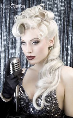 Pin Up Hair Glam!