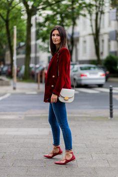 Pin for Later: Wie man auch 2016 noch Skinny Jeans tragen kann — und dabei ein Trendsetter ist Moderne Styling-Tipps für Skinny Jeans Mit geschnürten Schuhen
