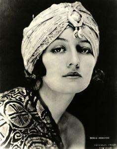 Gloria Swanson in a headscarf | #1920s #Fashion