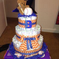 Finally got the opportunity to make one! Baseball theme diaper cake